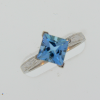 Lady's Aquamarine Engagment Ring